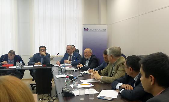 Союз переработчиков пластмасс провел деловую встречу с «Нижнекамскнефтехимом» и «Казаньоргсинтезом»