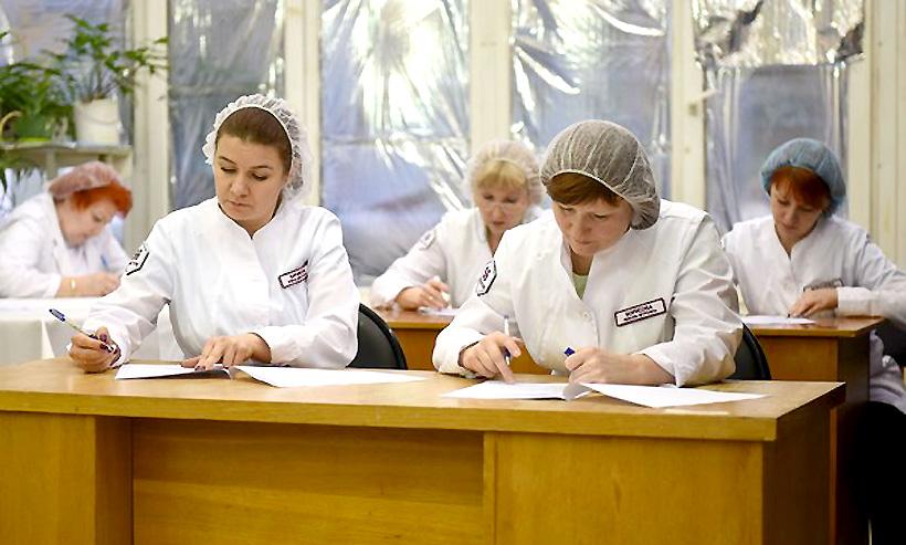ОНПП «Технология» провела конкурс профмастерства среди работников полимерного направления