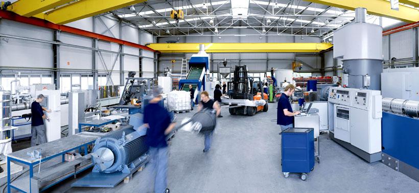Производственный цех EREMA по выпуску оборудования для переработки вторичный пластмасс