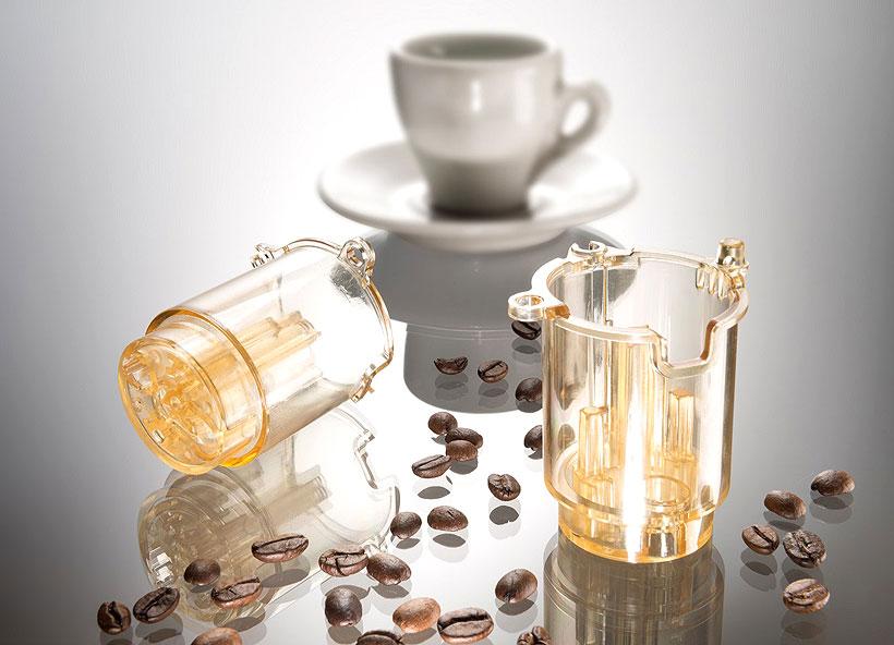 Изготовитель бытовой техники De Longhi использует полиэфирсульфон изготовления для верхнего поршня заварочного блока кофемашин