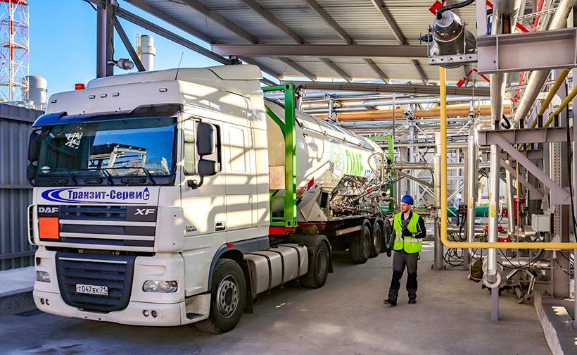 Собственные 20 и 30-ти футовые танк-контейнеры из нержавеющей стали, для сохранения качества продукции при перевозке ДМЭ