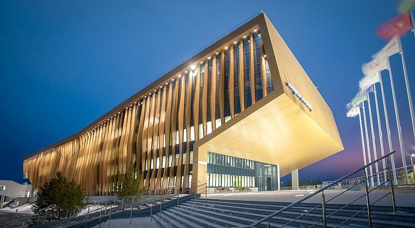 В университете Иннополис открыт первый в России Институт искусственного интеллекта. Всего в вузе работают 15 научно-исследовательских лабораторий и 7 центров разработки, включая центр компетенций НТИ по направлению «Технологии компонентов робототехники и