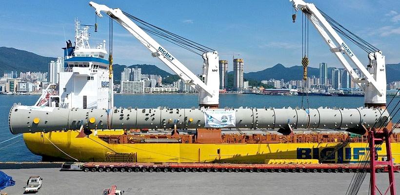 Отгрузка в южнокорейском порту Масан деэтанизатора (этиленовая колонна) для Иркутского завода полимеров (ИЗП)
