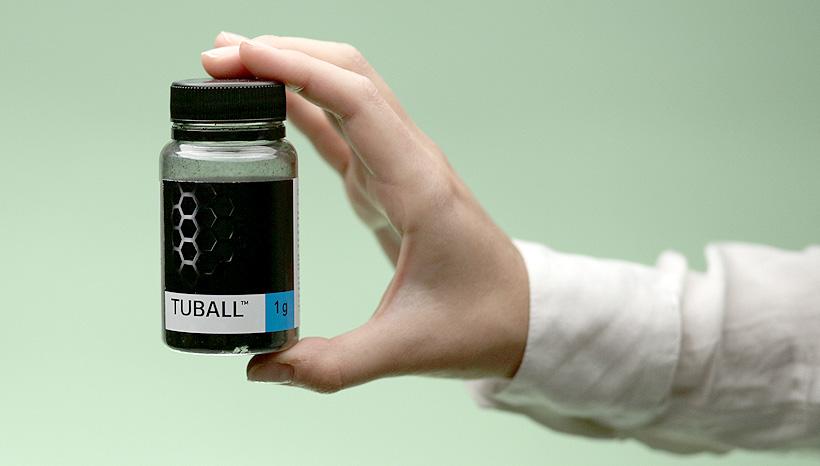 Графеновые нанотрубки TUBALL™, синтезируемые компанией OCSiAl. Фото: «Оксиал»