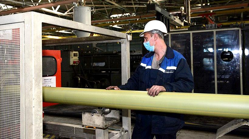 Производство полиэтиленовой трубы  с токопроводящей лентой и обмоткой на Трубном заводе Сибгазаппарат