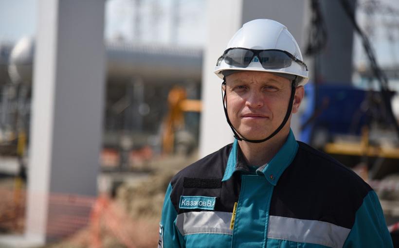 Начальник производства завода МАН Василий Казаков. Фото: СИБУР