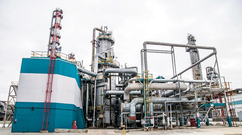 Стадия синтеза окиси этилена. Фото:СИБУР-Нефтехим