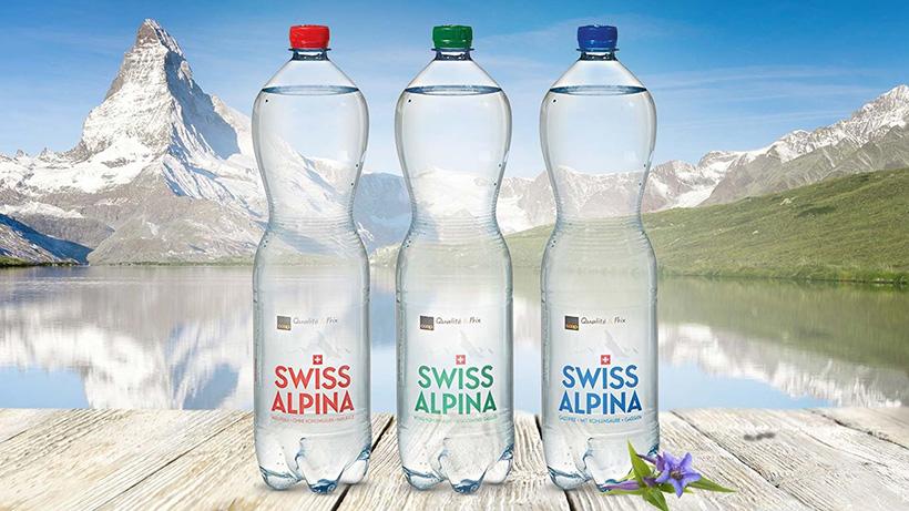 ПЭТ-бутылки разного формата объемом 1,5 л на линии упаковки в ПЭТ компании Pearlwater Mineralquellen AG