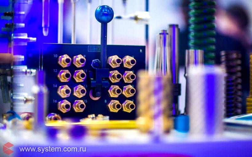 Решения DМЕ для литья пластмассовых изделий. Система