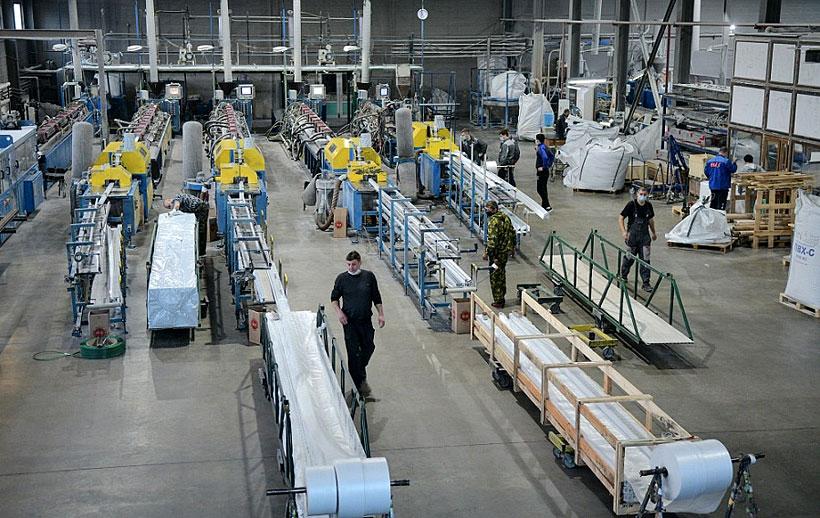 Экструзионные линии по выпуска оконного профиля из ПВХ на заводе «Юг-Профиль-Системс»