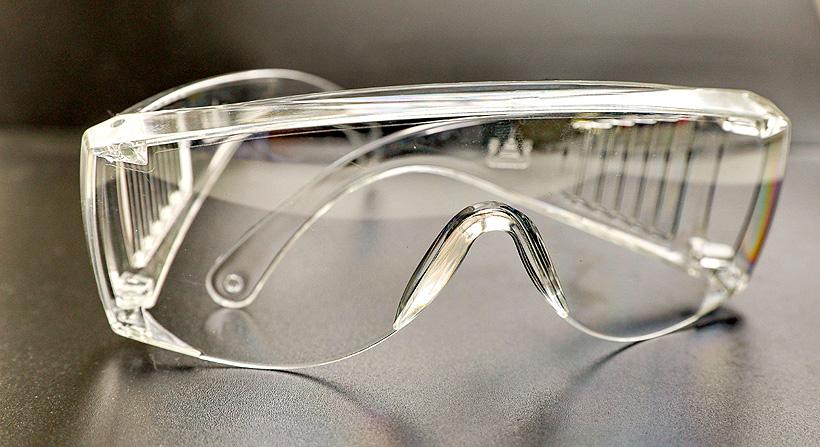 Защитные очки из оптического поликарбоната марки PC-022 «Казаньоргсинтез»