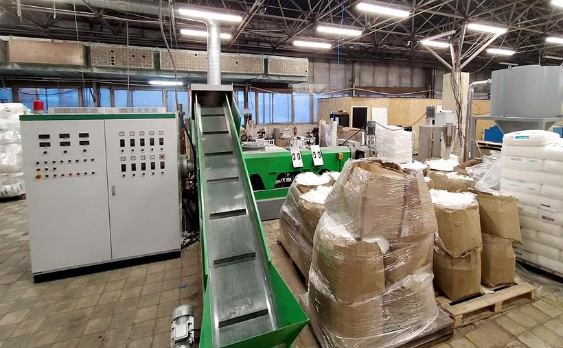 Автоматическая линия по переработке отходов пленки 3 в 1 мощностью 130 т в месяц ГК «Алеко» запустила в Санкт-Петербурге