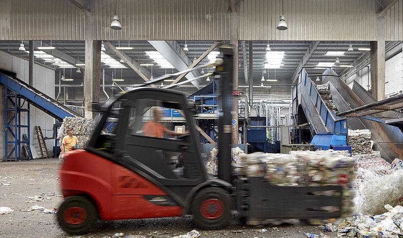 Группа ALPLA будет ежегодно инвестировать в среднем 50 млн евро до 2025 года в расширение мощностей по переработке вторичных пластмасс