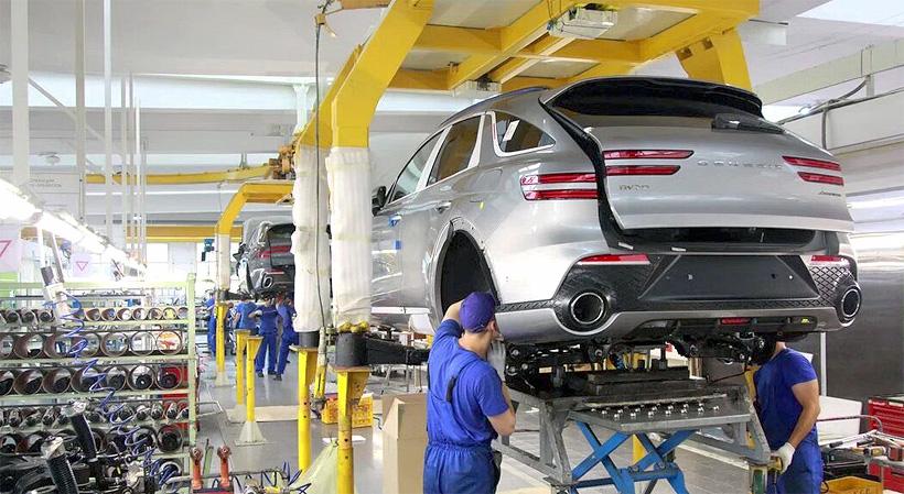 Калининградский автомобилестроительный завод АВТОТОР в августе 2021 года приступил к производству среднеразмерного городского кроссовера Genesis GV70