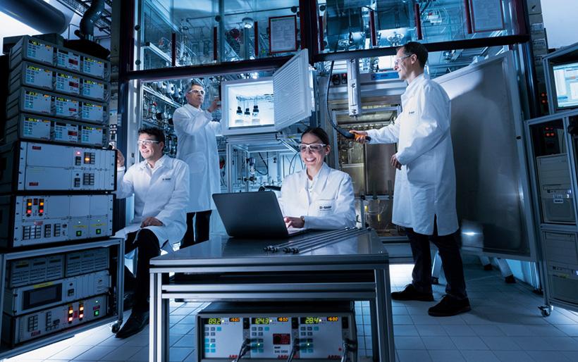 BASF cтабилизировал выбросы CO2 на уровне 20,5-21,5 млн тонн