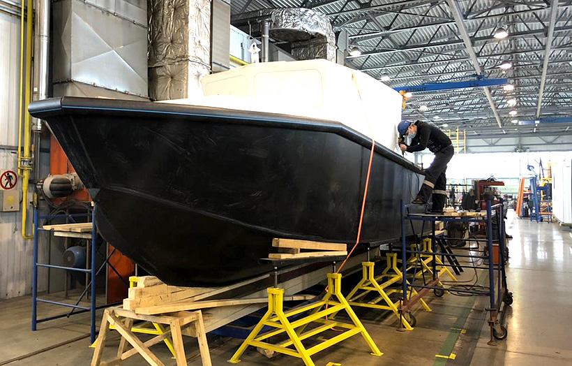 Модель катера из полиэтилена высокой плотности «Компании Дизель» может выпускаться длиной от 5 до 12 метров