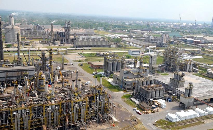 Нефтехимический завод HIP Petrohemija в сербском Панчево
