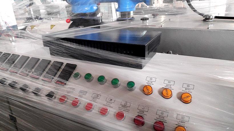 Экструдер для производства ПВХ-профиля производства Neo-Ental