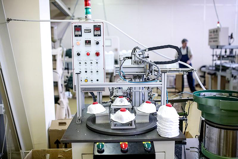 Производство медицинских респираторов «СПИРО-112» на новом оборудовании «Кимрской фабрики им. Горького»