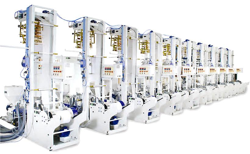 Кластерной экструзионные линии KABRA Extrusiontechnik могут иметь от 2 до 10 намотчиков пленки с единой панелью управления