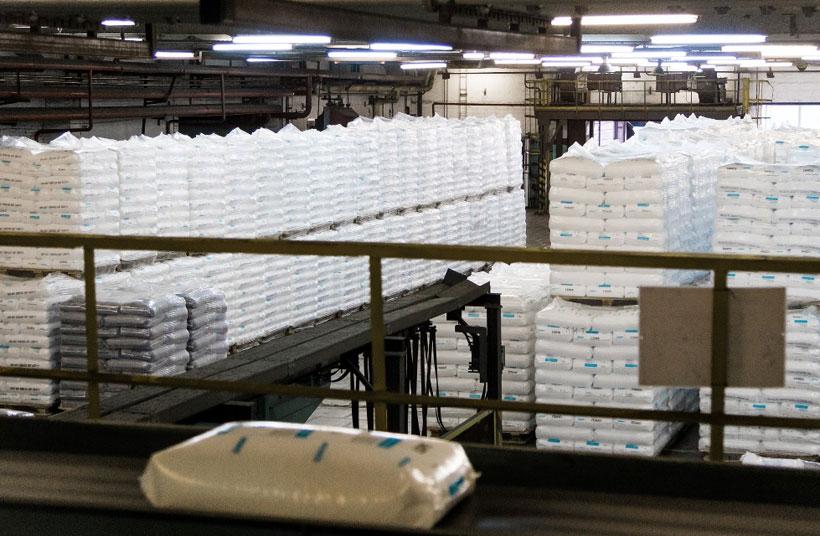 Склад готовой продукции на производстве полиэтилена низкой плотности «Томскнефтехим»
