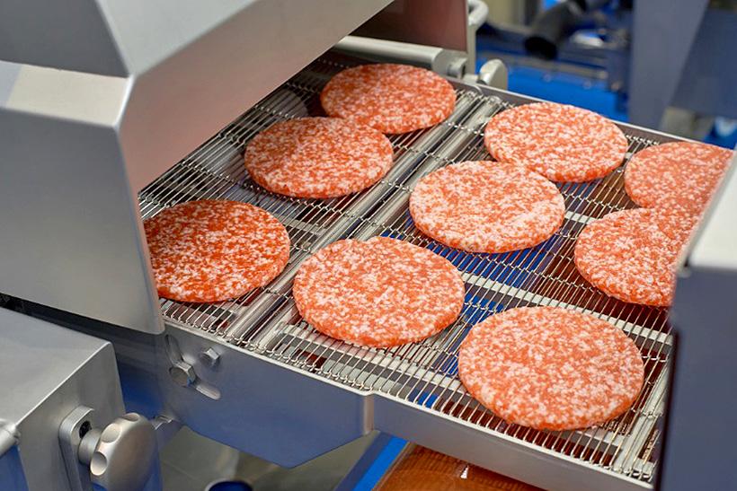 Термопласты MCAM с допуском к контакту с пищевыми продуктами широко применяются для выпуска деталей машин для производства пищевых продуктов