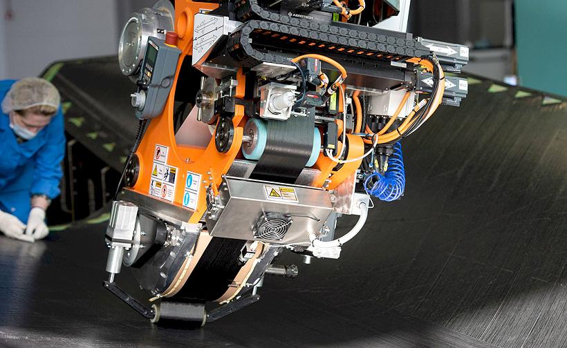 Производство изделий для авиации из композиционных материалов на предприятии ОНПП «Технология»