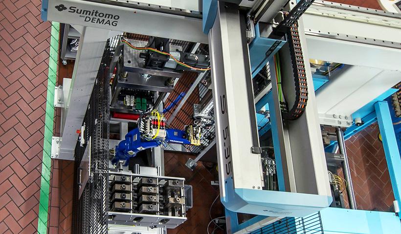 Сверхточный термопластавтомат IntElect 1000 кН от Sumitomo (SHI) Demag был выбран за компактный дизайн, энергоэффективность и повторяемость