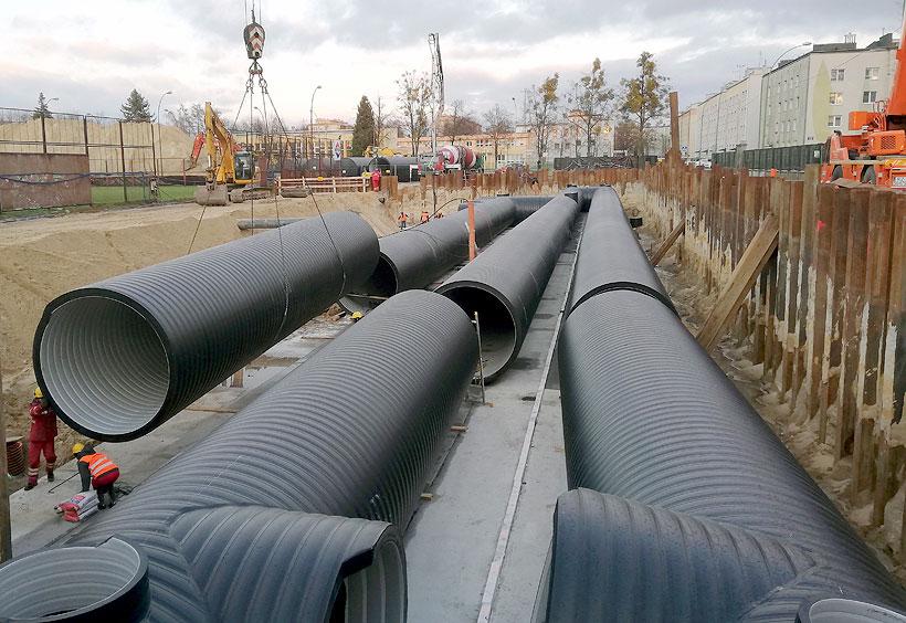 В зависимости от габаритов монтажной зоны и требований проекта резервуары «Упонор Инфра» ВЕХОЛАЙТ могут быть произведены под заказ требуемой формы и размеров, в комплекте с полиэтиленовыми фитингами