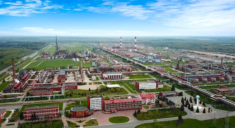 Завод «Полимир» выпускает широкий спектр химических продуктов включая полиэтилен низкой плотности