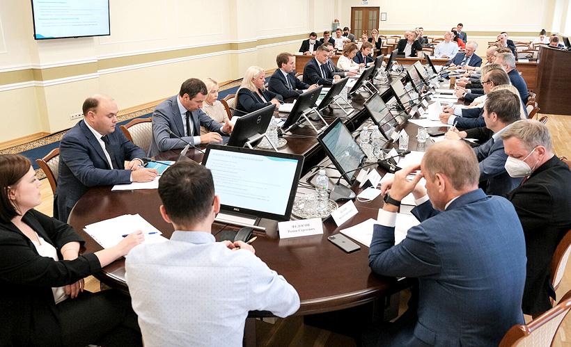 Cовещание по подготовленному проекту закона о расширенной ответственности производителей (РОП) в Министерстве природных ресурсов и экологии России