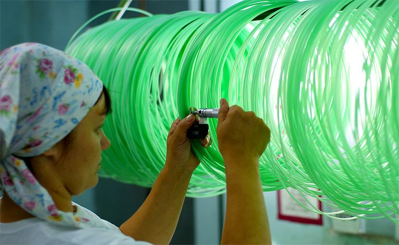 Контроль качества пластмассовой ударно-волновой трубки на Новосибирском механическом заводе «Искра»