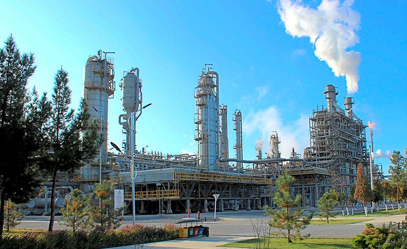 Производственные мощности «Шуртанский ГХК» составляют 140 тыс. т этилена в год, 125 тыс. т полиэтилена высокой плотности (ПЭВП) и линейного полиэтилена низкой плотности (ЛПЭНП) в год