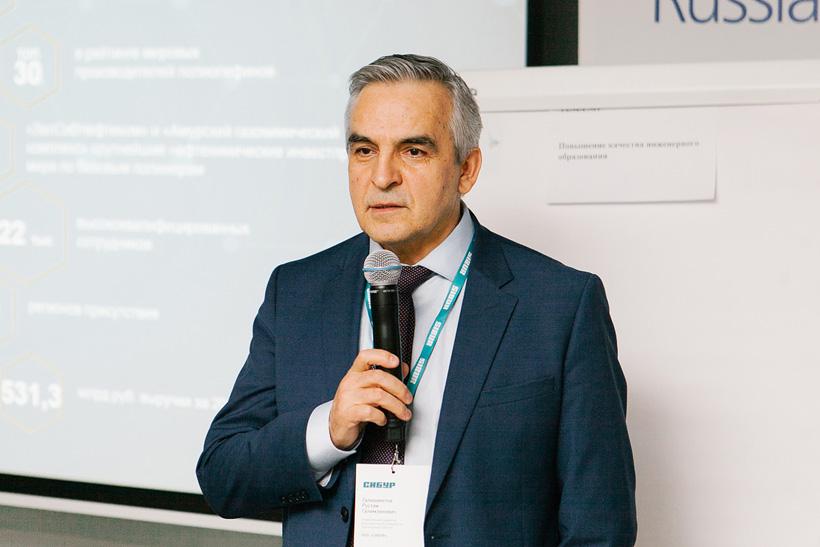Рустам Галиахметов, управляющий директор корпоративного университета СИБУР