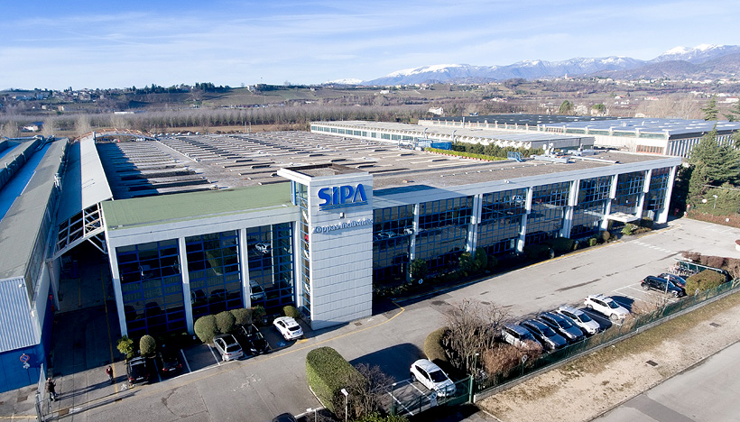 Завод SIPA в Италии по выпуску оборудование всех доступных технологий производства ПЭТ-тары и розлива, начиная от литья преформ и до готовой продукции