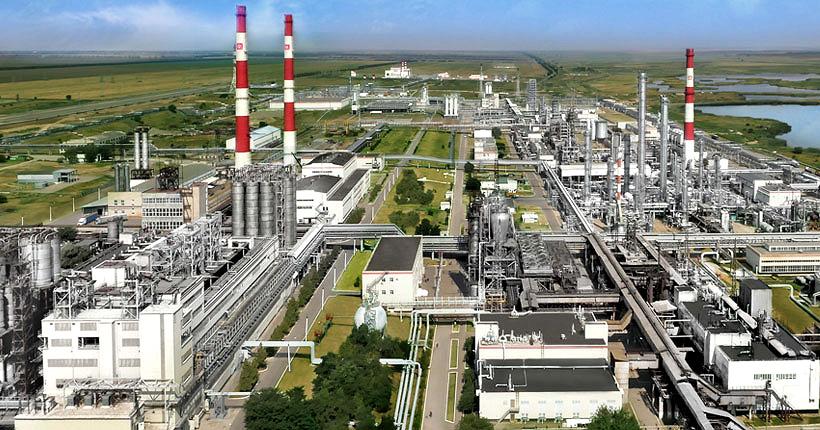 Завод «Ставролен» по выпуску полиэтилена и полипропилена в Будённовске