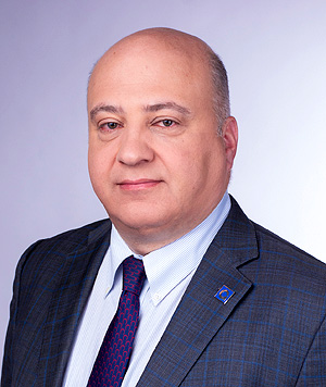 Владимир Илютович, директор по международным продажам экструдеров и систем Graham Engineering