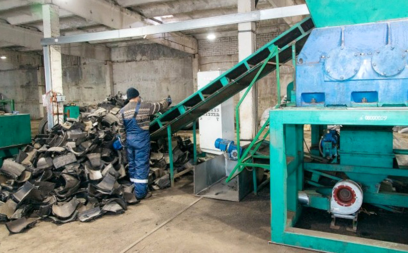 Переработка использованных шин в резиновую крошку на предприятии «Зевс-Технологии»
