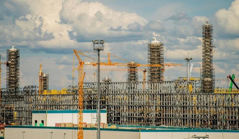 «ЗапСибНефтехим» завершил монтаж  основной части  металлоконструкций