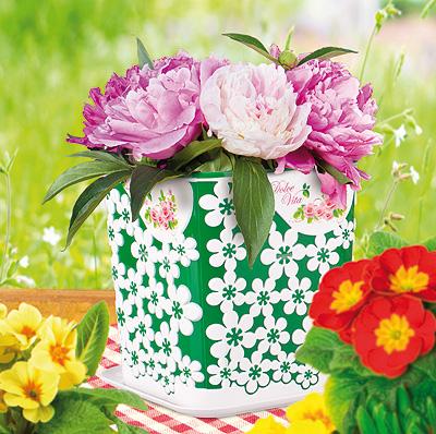 Пластмассовые изделия для цветов