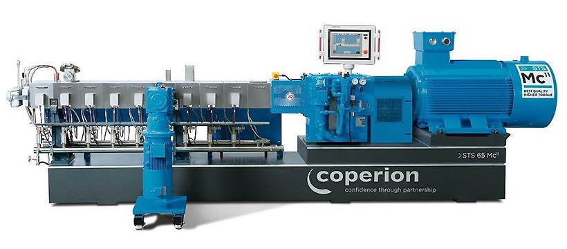 Двухшнековый компаундер Coperion STS 65 Mc с удельным крутящим моментом 11,3 Нм / см³