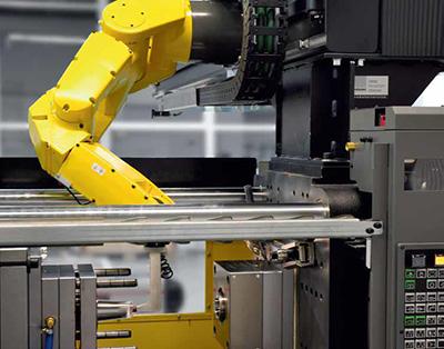 Техническое зрение iRVision, разработанное специалистами FANUC и установленное на шестиосевом роботе, делает его отличной альтернативой портальным роботам